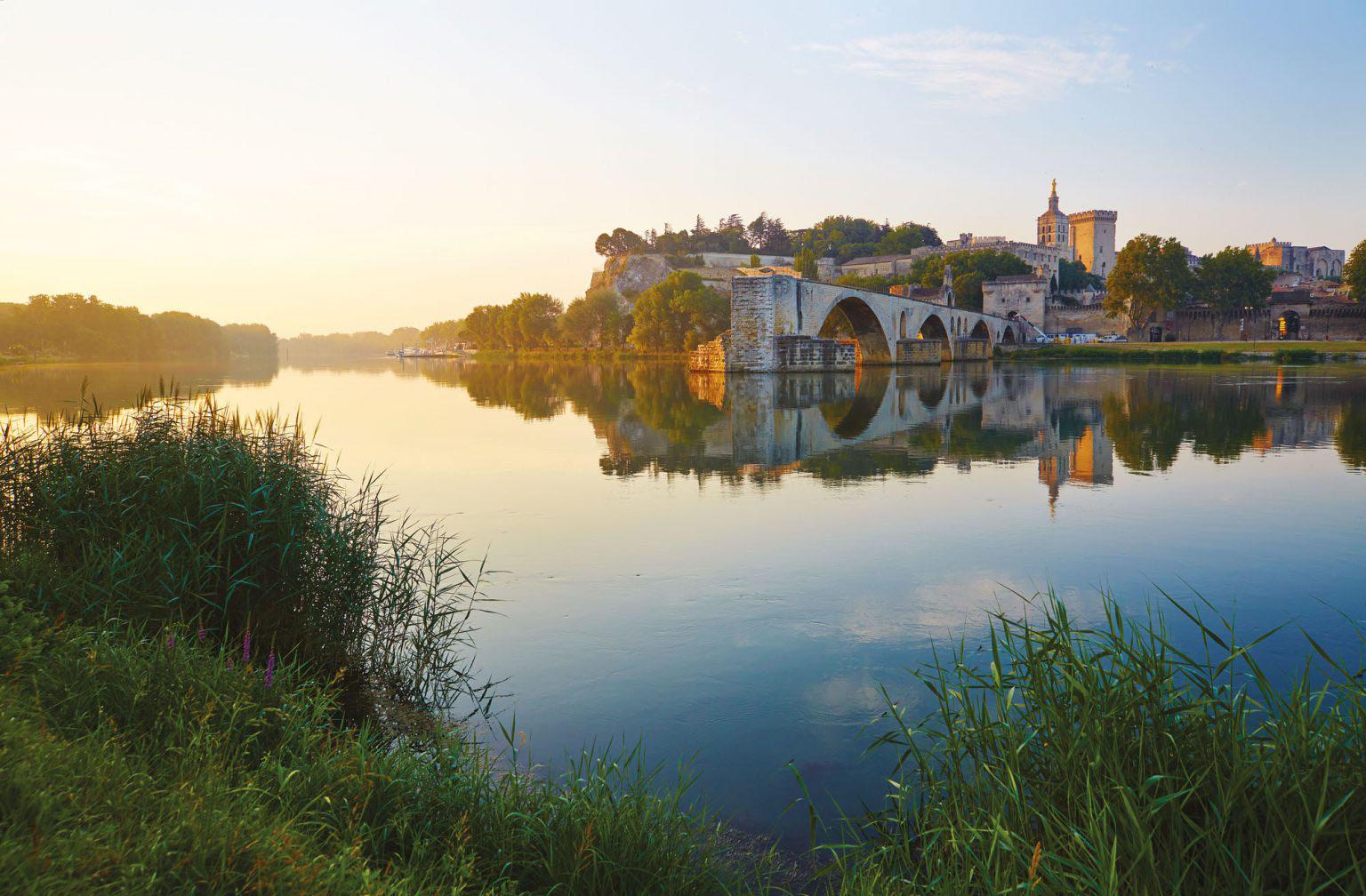 sunset pont d'avignon